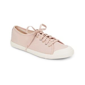 Tretorn Canvas Sneakers - Blush